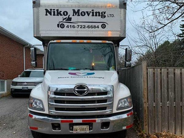 nikomiving truck